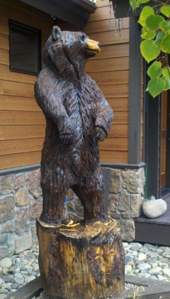 Life sized bear carving chainsaw carved