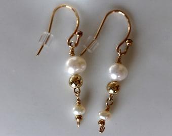pearl and gold dangle earrings, wedding jewelry, white cultured pearl earrings, june birthstone, bridal earrings