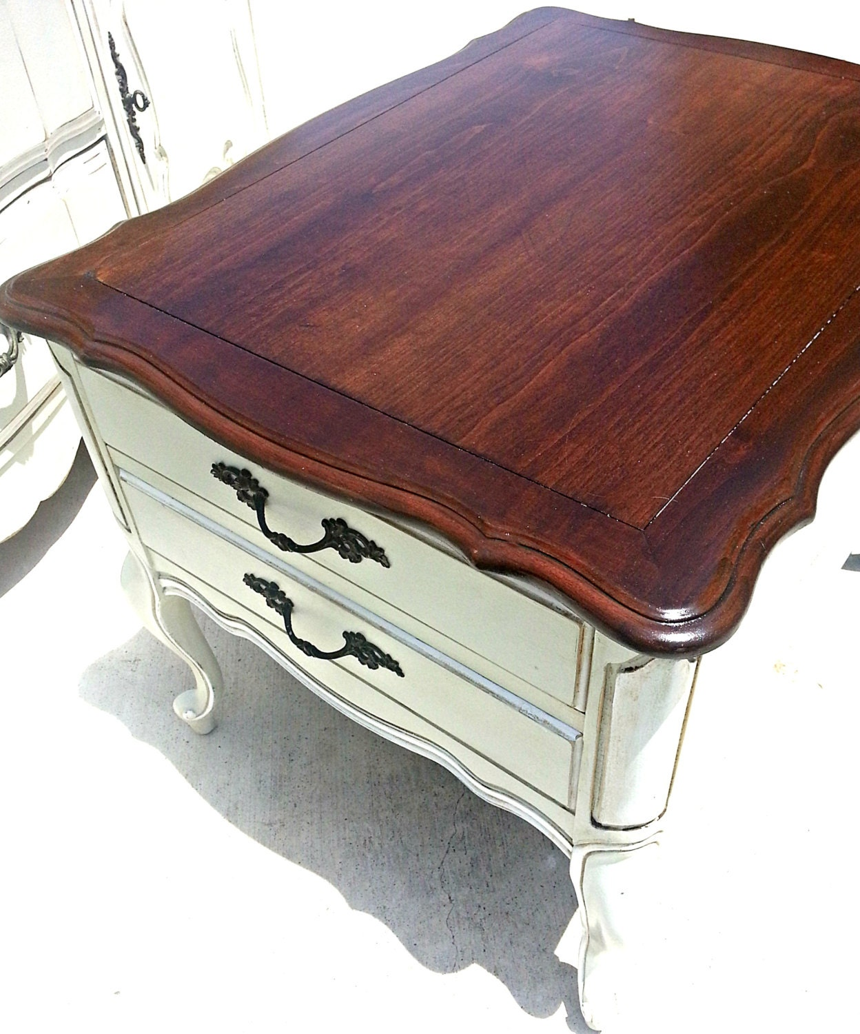Vintage French Provincial End Table Nightstand Side Table