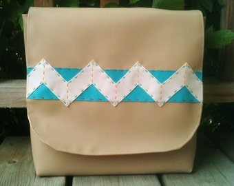 Messenger Bag Women Purse Satchel Chevron 2 Beige Red White Aqua