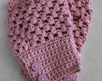 Crochet Puff Stitch Fingerless Gloves in Pink