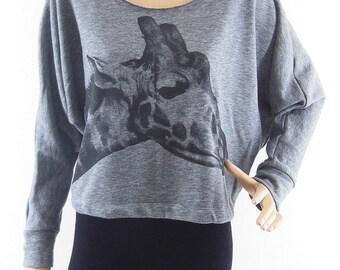 Giraffe T-Shirt Giraffe sweater Giraffe Shirt Animal T shirt Bat Sleeve Crop Top Gray Long Sleeve Crop Sweater Screen Print Free Size