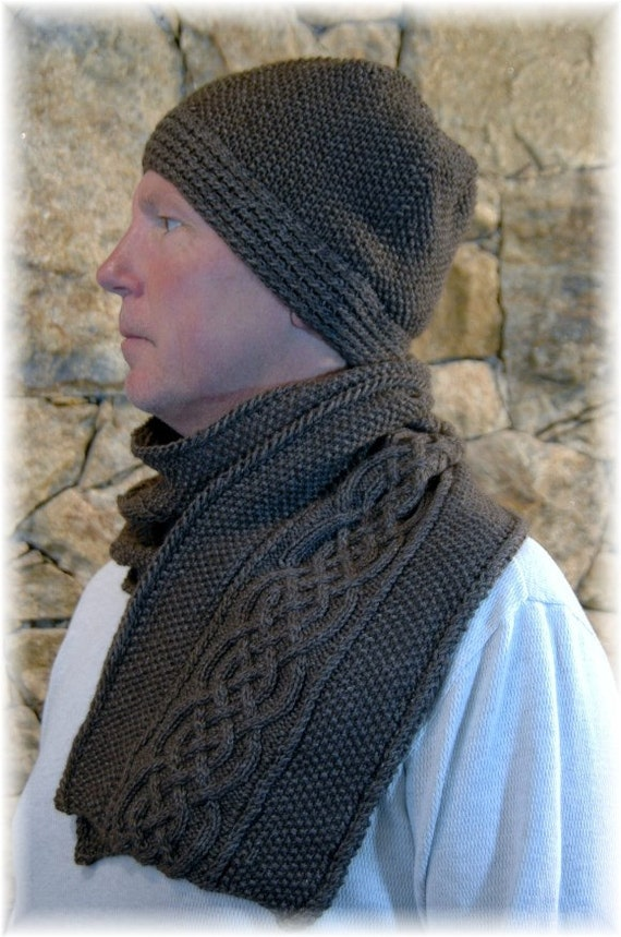 Items similar to Scarf & Hat Set/Combo for Men, hand knit ...