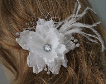 White   color    flower  clip with white color feather
