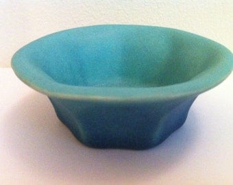 Van Briggle Pottery Seven Sided Bowl, Signed, Hand Made, Rare, Unique, Vintage Art Pottery, Matte Glaze, Colorado Springs, FREE SHIPPING