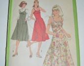 VIntage 70s Simplicity 8506 Junior Petites Sundress or Jumper Sewing Pattern - Size 7jp