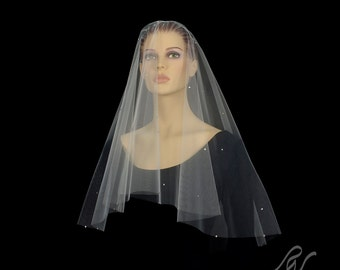 Drop Veil with Scattered Rhinestones, Made With SWAROVSKI ELEMENTS