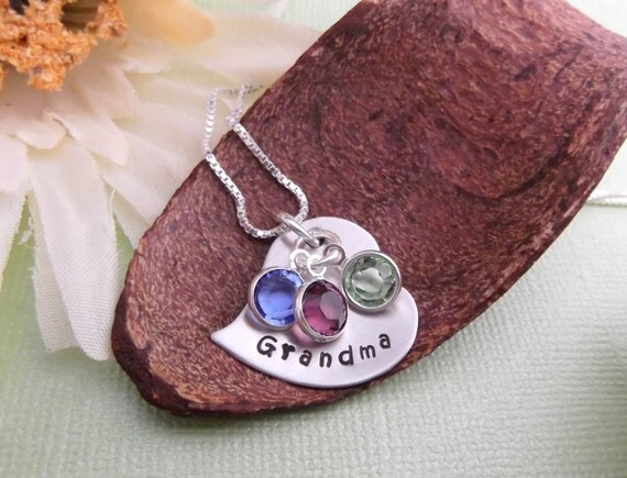 Personalized Grandma Necklace- Handstamped Grandma Jewelry- Grandma Gift- Grandchildren Necklacve- Engraved Grandma Jewelry- Mommy Jewelry
