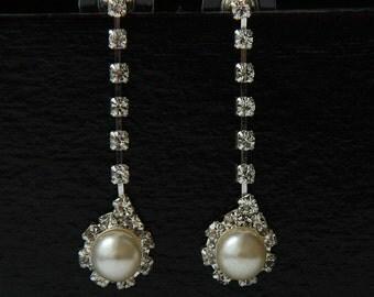 Bridal Pearl Earrings, White Pearl Bridal Earrings, Pearl Earrings, Wedding Earrings, Pearl Bridal Jewelry,  Pearl Wedding Earrings, Studs