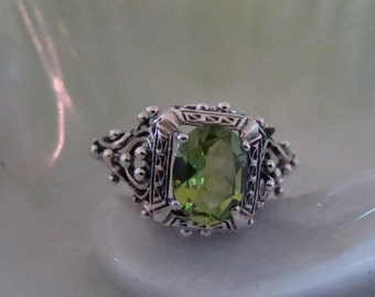 Unique Sterling Silver Peridot  Ring  Size 6 3/4 Victorian Style
