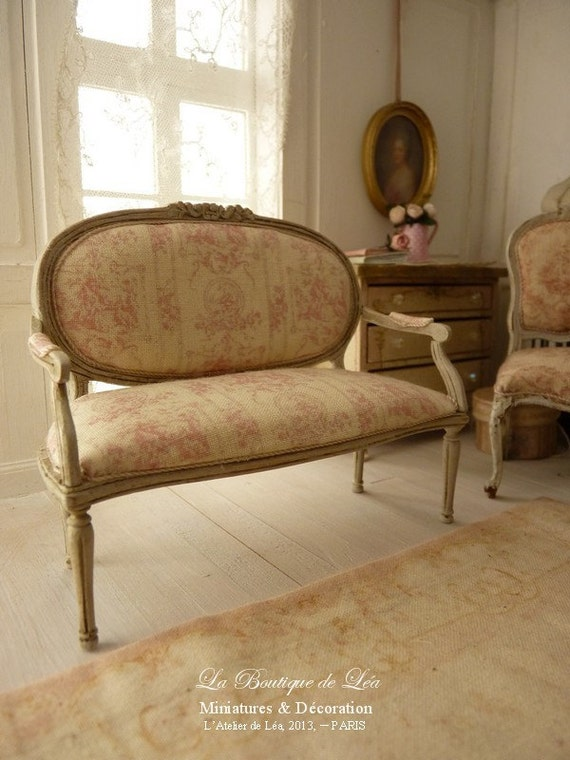 Marie-Antoinette French sofa Louis XVI - 1'' SCALE - Pink French toile - Toile de Jouy - Furniture for a French dollhouse in 1:12th scale