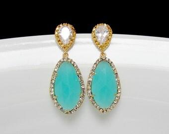 aqua green bridal earrings , mint green earrings , gold mint bridal earrings , bridesmaids earring , mint drop earrings , pave mint earrings