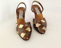 Vintage Metallic Leather Shoes/ Italian Leather Sandles/ Gold Silver Copper Bronze  Shoes / Womens Size 8 Shoes /  Womens Size 9 Shoes