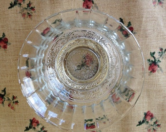 "Pressed glass bowl, vintage, 4 1/2"" X 2 1/2"""