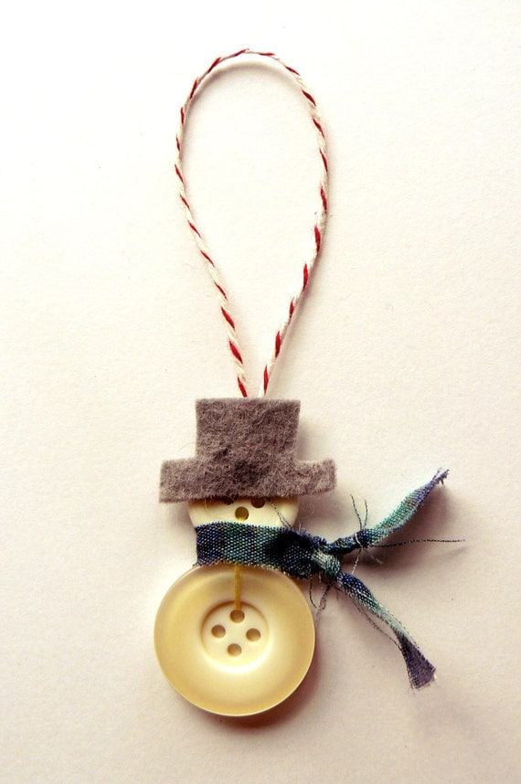 Diy Christmas Ornaments Etsy : Items similar to handmade button snowman or snowwoman