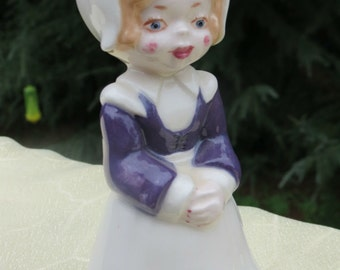 Pilgrim Figurine Girl Thanksgiving