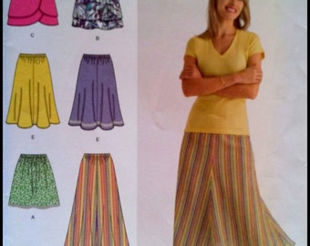 Simplicity 2368  Misses' Skirt in Three Lengths  Size (6-14)  UNCUT