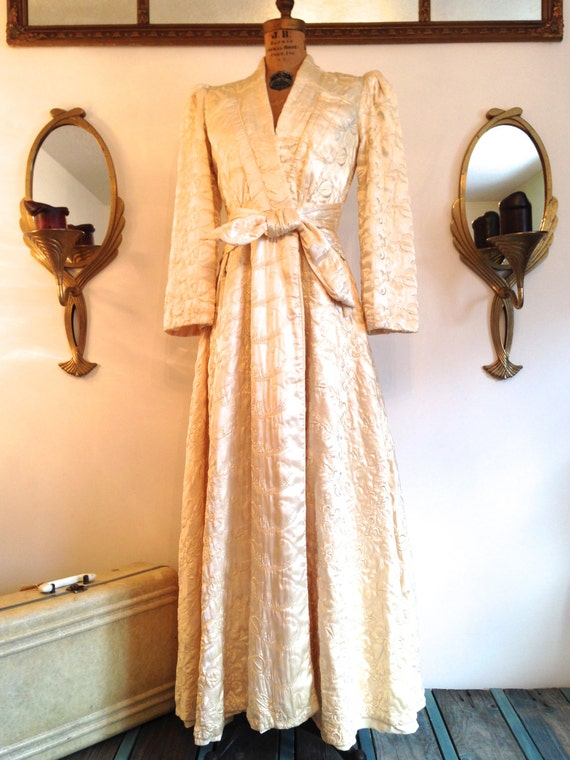 Vintage 1930 S Old Hollywood Satin Robe