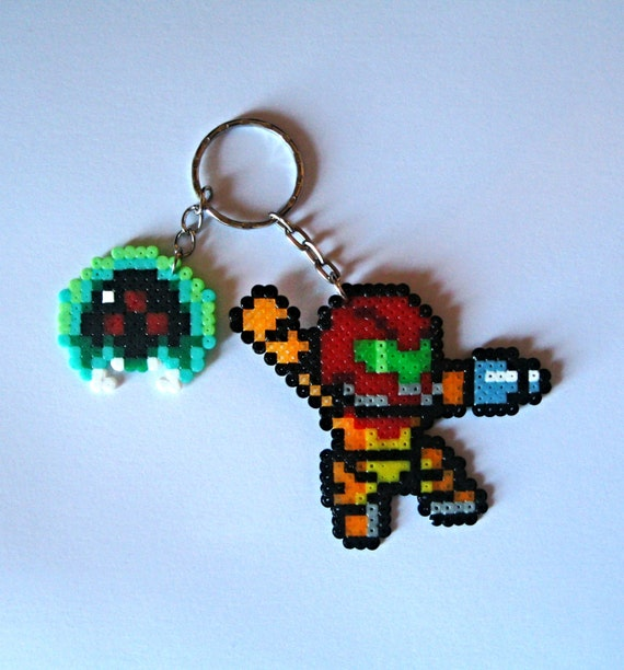 "Llavero Samus Aran ""Metroid""  8its."