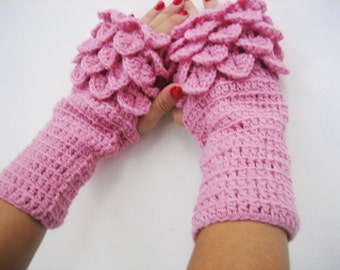 dragon scale gloves  Crocheted Gloves Arm Warmers Pink Accessory, winter accesories, handmade , woman fingerless