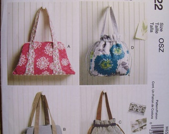 McCall's M6522. One Size. Bags and purses. New. Uncut and factory folded.