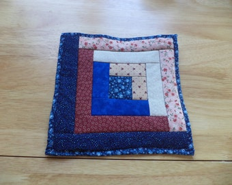 Log Cabin, Reds and Blues, Mug Rug, Mini Quilt, Candle Mat, Ready to Ship