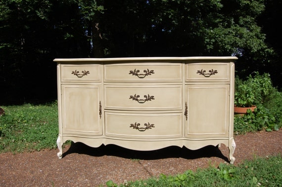 Vintage French Provincial hand painted versailles and old : il570xN47370768442e6 from etsy.com size 570 x 379 jpeg 67kB