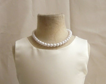 Girls Necklace Pearl in White/ Ivory