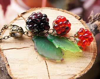 Blackberries lampwork pendant, glass berry necklace, berry pendant, nature necklace, fruit pendant, designer necklace, fashion necklace