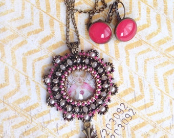 Sparkly light- pink/bronze  Pendant and earrings