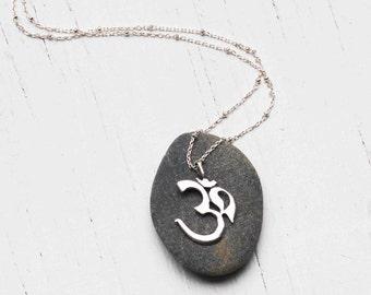 Om Necklace Sterling Silver Yoga Meditation Zen Bohemian Modern Simple Buddhism Hinduism