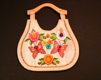 Woven Tote Bag 3D Raffia Flowers Butterflies Embellishment Handbag Woven Purse Beach Tote Summer Boho Hippie Resort Bag