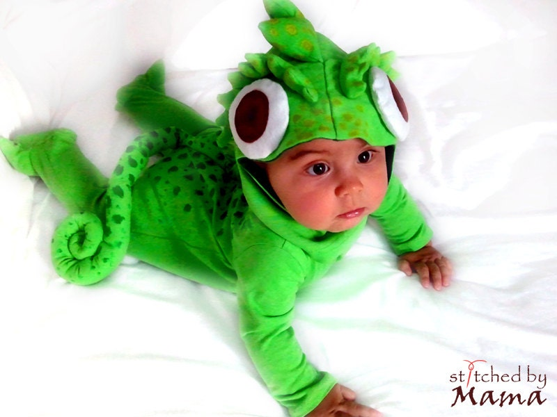 Rapunzel 39 s chameleon pascal inspired baby by stitchedbymama - Raiponce cameleon ...