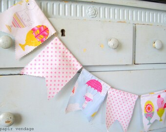 Easter Fabric Bunting Banner, Easter Decorations, Spring Bunting Banner,  Spring Trends, Bunnies, Easter Eggs, Flowers,