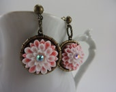 SALE Crystal Flower Earrings Pink White Retro Boho Free Shipping