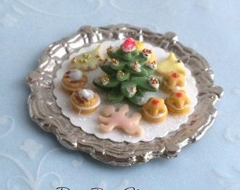 Christmas Cookie Platter #3 - Dollhouse Miniature Food Dessert - iced cookies