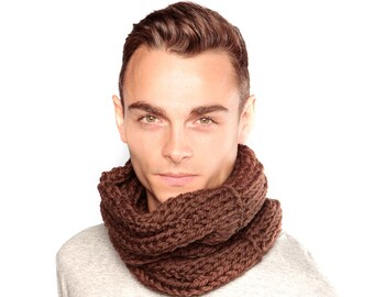 Brown Scarf, Chunky Knit Wool Snood in Brown- Chunky Knit Merino Wool Snood, Wool Cowl, Chocolate brown scarf, Winter scarf
