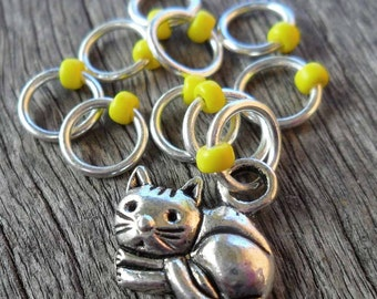 Small Snag Free Knitting Stitch Markers Anti Tarnish Silver Tone Curled Up Kitty Cat Yellow Seed Beads Fits Needles Up To 4.5mm