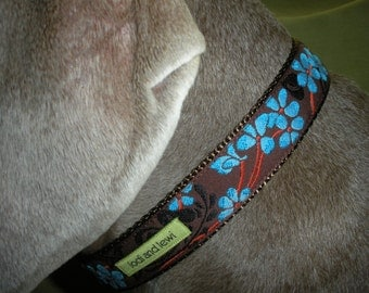 Petal Collar in Brown and Blue