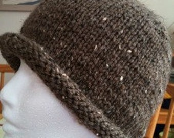 Women's Roll Brim Hat in Barley. Hand Knit Brand New!