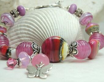 BUTTERFLY FLUTTERBY Handmade Lampwork Bead Bracelet
