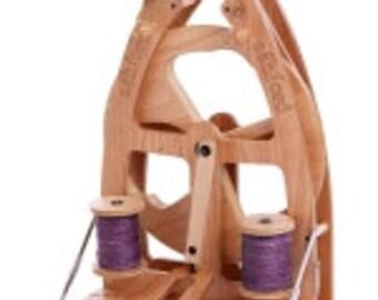 Ashford Single Treadle Compact Joy2 Spinning Wheel W Carry Bag Sliding Hook Flyer