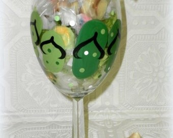 Custom Painted Candy Filled Flip Flop Wine Glass - Party Favor, Birthday Gift, Housewarming Gift, Bridal Shower Gift, Beach Decor