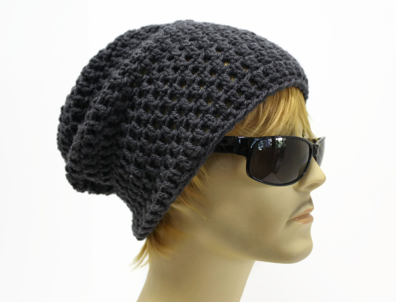 Discover men's caps and hats. Choose from beanie hats, baseball caps or a trendy trilby. We have suitable headgear for everyone. Shop today at ASOS.