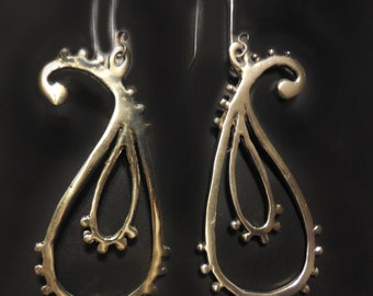 Bali Paisley Earrings in Sterling Silver