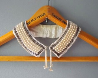 Vintage Peter Pan Collar Necklace, Pretty Glass Pearl Beads and Bugle Beads on Silk, 1960s Fashion