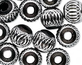 5 Beads, aluminum, black, 12mm diamond-cut round with 4.5mm hole. BIG hole bead for european style charm chains