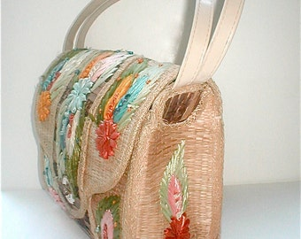 Woven Reed Straw Bag Summer Purse - Vintage 1950s - Made in Phillippines Mad Men Era Pocketbook