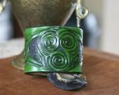 Leather Wristband-Celtic Triskele Leather Wristband-Celtic Knot Work Triskele Wristband Leather Wristbands-Leather Wristbands Triskel-Celtic