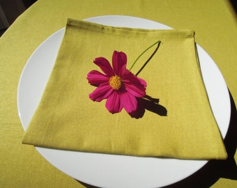 Set of 4 Linen Napkins, Green, Chatreuse,  Table Decor, Table Linens